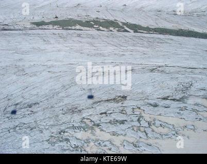 Matterhorn glacier paradise, Blick von der Seilbahn von Zermatt Matterhorn - Stockfoto