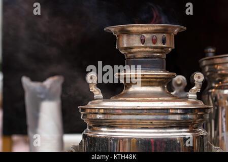 Die traditionellen russischen Samowar - Stockfoto