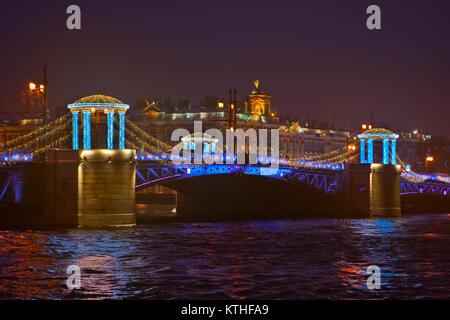 Festliche Beleuchtung des neuen Jahres in St. Petersburg, Russland - Stockfoto