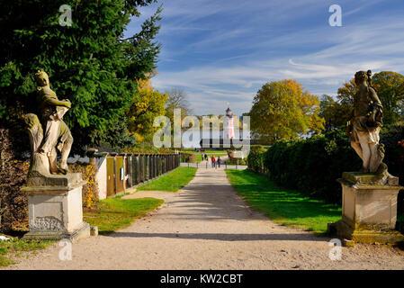 Schloss Moritz, Moritzburger Leuchtturm in der Ansicht des Fasanenschl? schen, Moritzburg, Moritzburger Leuchtturm - Stockfoto