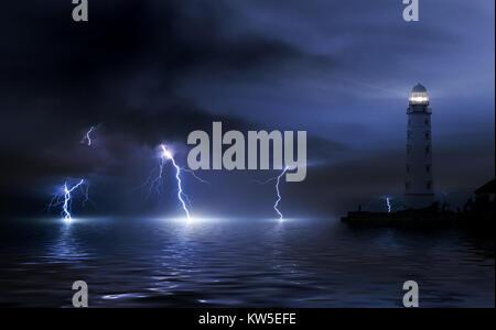 Leuchtturm im Sturm. Gewitter über dem Meer, der Blitz schlägt das Wasser