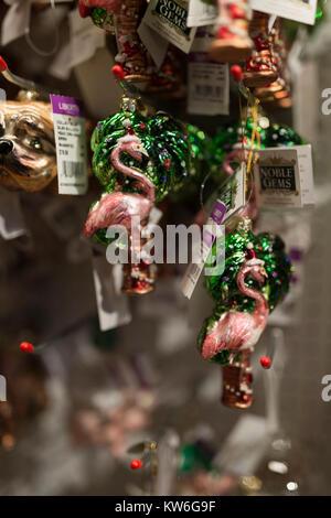 Liberty Store Weihnachtsschmuck London Uk Stockfoto Bild