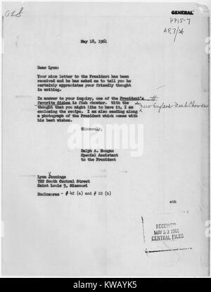 Brief von John F. Kennedy's Assistant Begleitung des Präsidenten Rezept für Fisch Eintopf, 14. März 1961. - Stockfoto