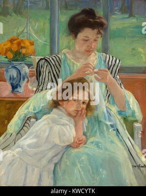 Junge Mutter Nähen, von Mary Cassatt, 1900, französischer impressionistischer Malerei, Öl auf Leinwand. In sanften - Stockfoto