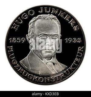 99,9% Beweis Silber Medaillon mit Hugo Junkers, dem berühmten deutschen Ingenieur und Designer. - Stockfoto