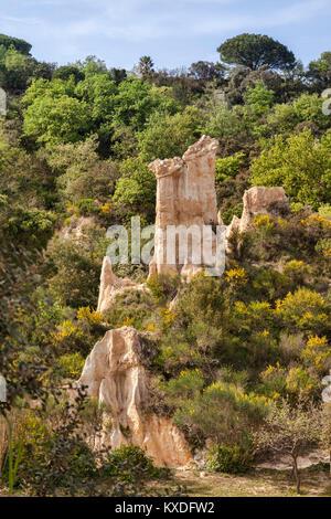 Les Orgues d'Ille Sur Tet, Languedoc-Roussillon, Pyrenäen-Orientales, Frankreich. - Stockfoto