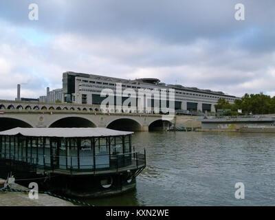 Bercy - Ministère de l'Economie et des Finances 4 - Stockfoto