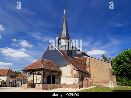 Frankreich, Aube (10), Champagner, Parc naturel régional de la Forêt d'Orient, Géraudot, église Saint-Pierre-et - Stockfoto