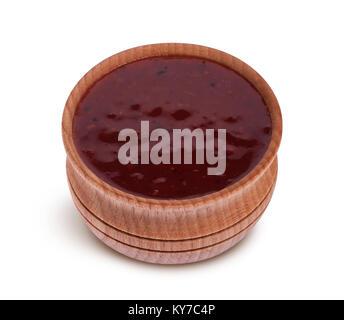 Cranberry Sauce in der Schüssel auf weißem Hintergrund - Stockfoto