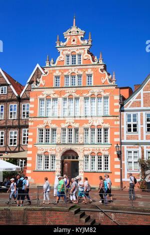 Bürgermeister-Hintze-Haus (in der Mitte), historischen Hafen, Stade, Altes Land, Niedersachsen, Deutschland - Stockfoto
