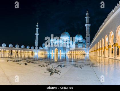 Die Architektur der Sheikh Zayed Moschee in Abu Dhabi, VAE - Stockfoto