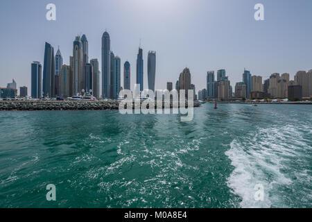 Blick auf Dubai Marina, einer wohlhabenden Wohngegend in Dubai, VAE, Vereinigte Arabische Emirate - Stockfoto
