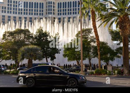Das Bellagio Resort und Brunnen aus ganz Las Vegas Boulevard. - Stockfoto