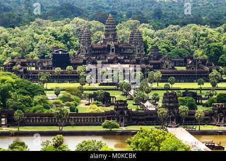 Luftaufnahme von Angkor Wat, wie aus einem Heißluftballon gesehen, Siem Reap, Kambodscha - Stockfoto