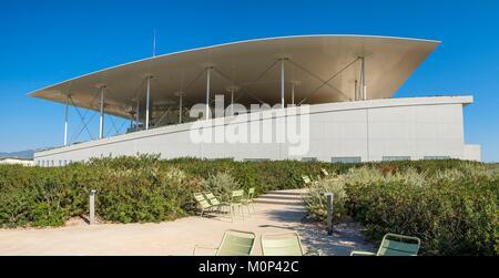 Griechenland, Athen, Paleo Faliro, SNFCC (Stavros Niarchos Foundation Cultural Center), vom Architekten Renzo Piano - Stockfoto