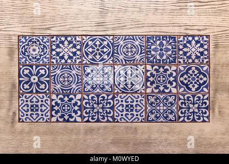 traditionelle portugiesische fliesen stockfoto bild 80119887 alamy. Black Bedroom Furniture Sets. Home Design Ideas