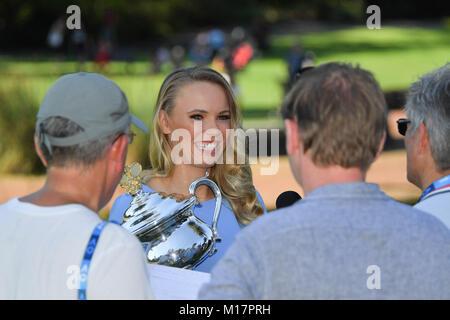 Melbourne, Australien. 28 Jan, 2018. Die 2018 Australian Open Champion Caroline Wozniacki aus Dänemark durch dänischen - Stockfoto