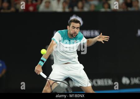 Melbourne, Australien. 28. Januar 2018. Bosniakische tennis player Marin Cilic ist in Aktion während seiner Finale - Stockfoto