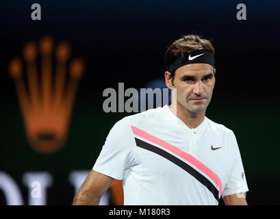 Melbourne, Australien. 28 Jan, 2018. Der Schweizer Roger Federer reagiert während der Männer singles Finale gegen - Stockfoto
