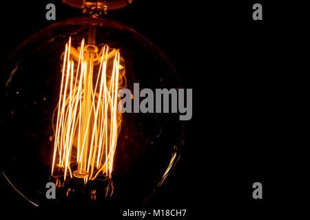 Vintage Hot Wolframwendel Glühbirne Beleuchtung Ader - Stockfoto