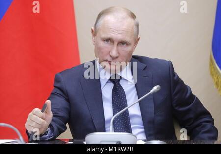 Russland. 31 Jan, 2018. Moskau, Russland - Januar 31, 2018: Der russische Präsident Wladimir Putin hält ein Treffen - Stockfoto