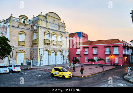 "CARTAGENA, KOLUMBIEN - 28. Januar 2014: ""Heredia Theater"" in der Altstadt von Cartagena. - Stockfoto"