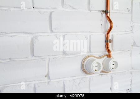 Alte Schalter mit Steckdose Stockfoto, Bild: 278016072 - Alamy