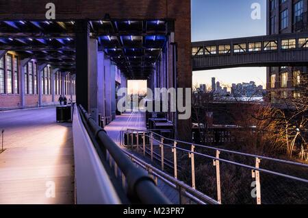 New York City Architektur, westlich der Linie laufen in Manhattan. - Stockfoto