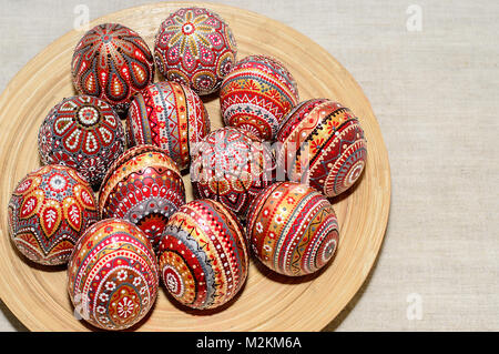 Ostereier Von Hand Mit Acrylfarben Bemalt Stockfoto Bild