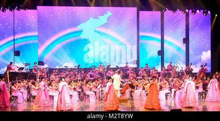 PyeongChang. 9. Februar, 2018. Samjiyon Kunst Truppe, Feb 8, 2018: In diesem Bild herausgegeben vom Ministerium - Stockfoto