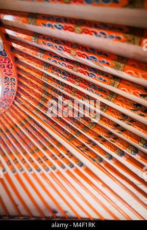 innenausstattung der jurte kreisf rmige rahmen aus holz mit stoff und filz stockfoto bild. Black Bedroom Furniture Sets. Home Design Ideas