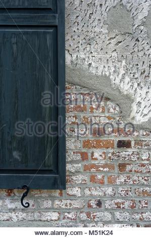 Teil einer Struktur in Charleston, SC, konnte aber die meisten überall sein Es gibt ältere Strukturen. - Stockfoto