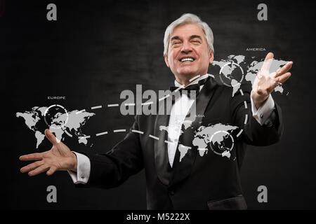 Aufgeregt Geschäftsmann im internationalen Geschäft erfolgreich - konzeptionelle Foto - Stockfoto