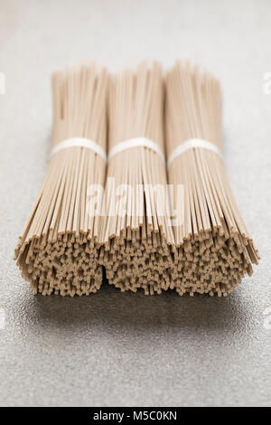 Japanische raw Soba-nudeln Bundles - Stockfoto