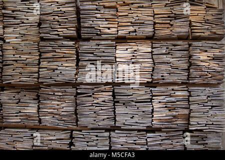 Holzbohlen außerhalb des Minzoka Mura Hida Folk Village (Hida keine Sato), nearTakayama, Japan. - Stockfoto