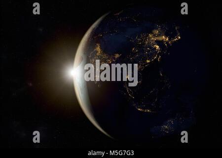 3D-Rendering von einem Sonnenaufgang auf der Erde aus dem Weltraum - Stockfoto