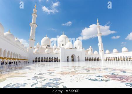 Sheikh Zayed Grand Mosque, Abu Dhabi, Vereinigte Arabische Emirate.