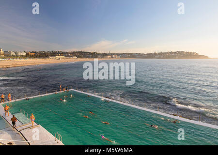 Bondi schwimmen Eisberge Pool, Bondi Beach, Sydney, New South Wales, Australien - Stockfoto