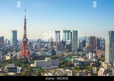 Tokio Luftbild Skyline der Stadt mit den Tokyo Tower, Tokyo, Japan - Stockfoto