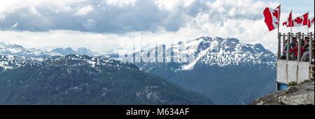 Panorama von British Columbia Mountains von touristischen Suche - Stockfoto