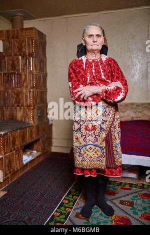 Alte rumänische Frau