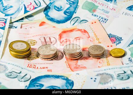 Singapur Banknoten Und Münzen Stockfoto Bild 39331588 Alamy