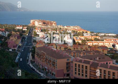 Blick über das Dorf Los Cancajos auf La Palma. - Stockfoto