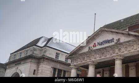COVENTRY, England, Großbritannien - 3. März 2018: NastWest Bank Filiale in Coventry City Centre in einem bewölkten - Stockfoto