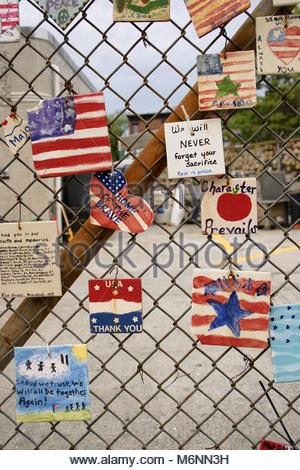 Eine Reihe von einzelnen Tribute zu den amerikanischen Truppen zu zahlen, die sich auf Service in den Jahren starb - Stockfoto