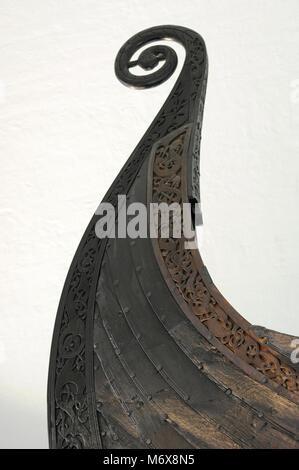 Oseberg-schiff. In Eichenholz gefertigt. 9. Jahrhundert. Detail. Wikingerschiffmuseum. Oslo. Norwegen. - Stockfoto