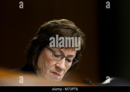 Washington, USA. 07 Mär, 2018. Senatorin Susan Collins, Republikaner von Maine, während die Vereinigten Staaten - Stockfoto