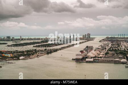 Die Miami Hafen in einer regnerischen Tag. Miami, Florida, USA. - Stockfoto