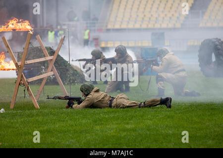 """Eine demonstrative Leistung der polizeilichen Spezialeinheiten - """"Beschlagnahme von Terroristen in Moskau Luzhniki - Stockfoto"""