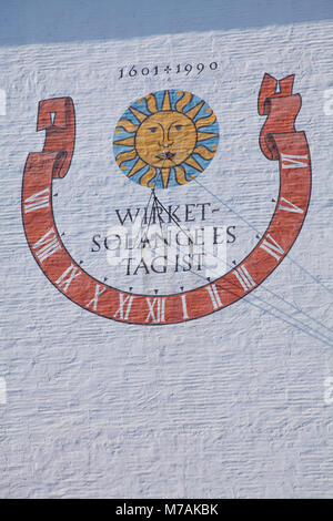 Sonnenuhr in der St. Ulrich und St. Afra Kathedrale, Altstadt, Augsburg, Schwaben, Bayern, Deutschland, Europa - Stockfoto